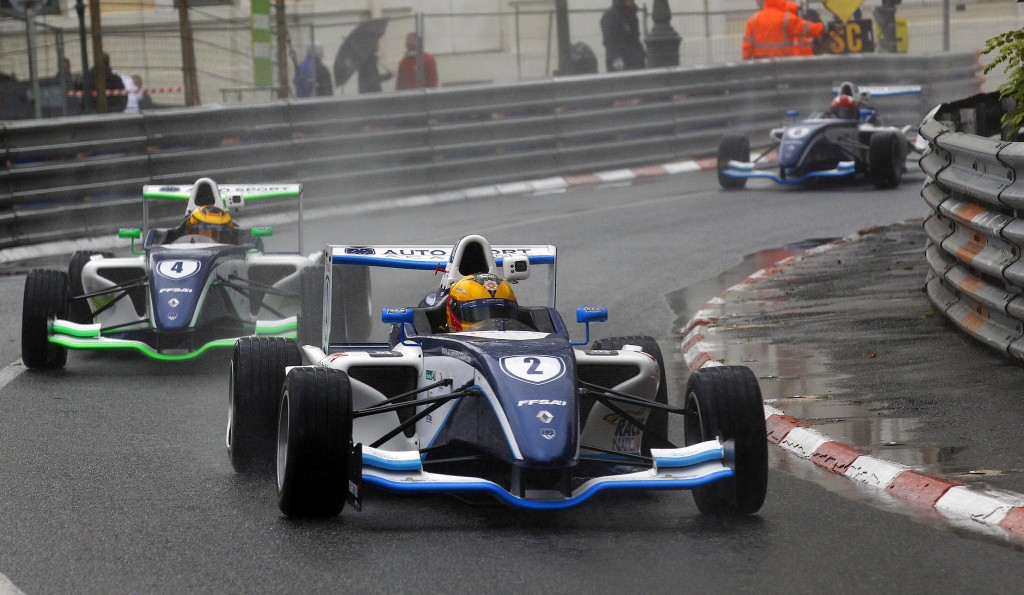 Grand prix automobile pau-formule 3 Erronda evenements