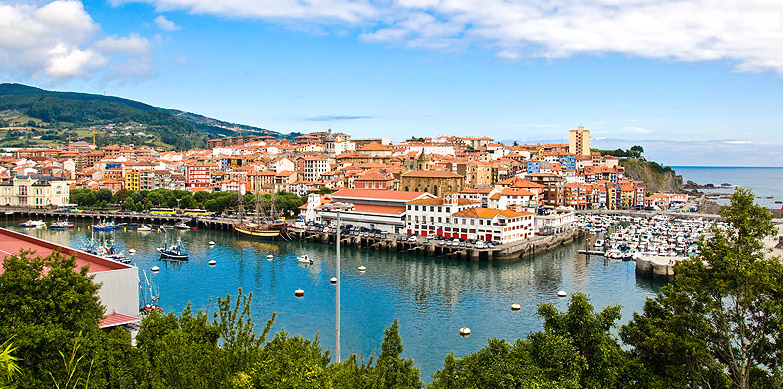 bermeo port cote basque-