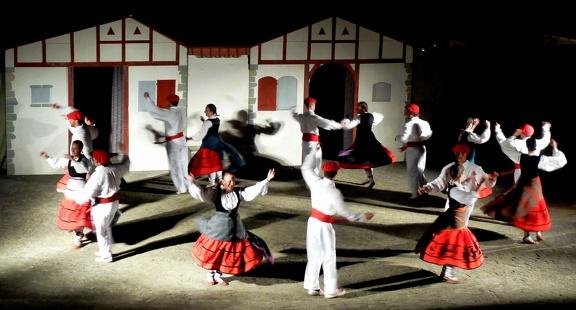 danse basque spectacle Erronda