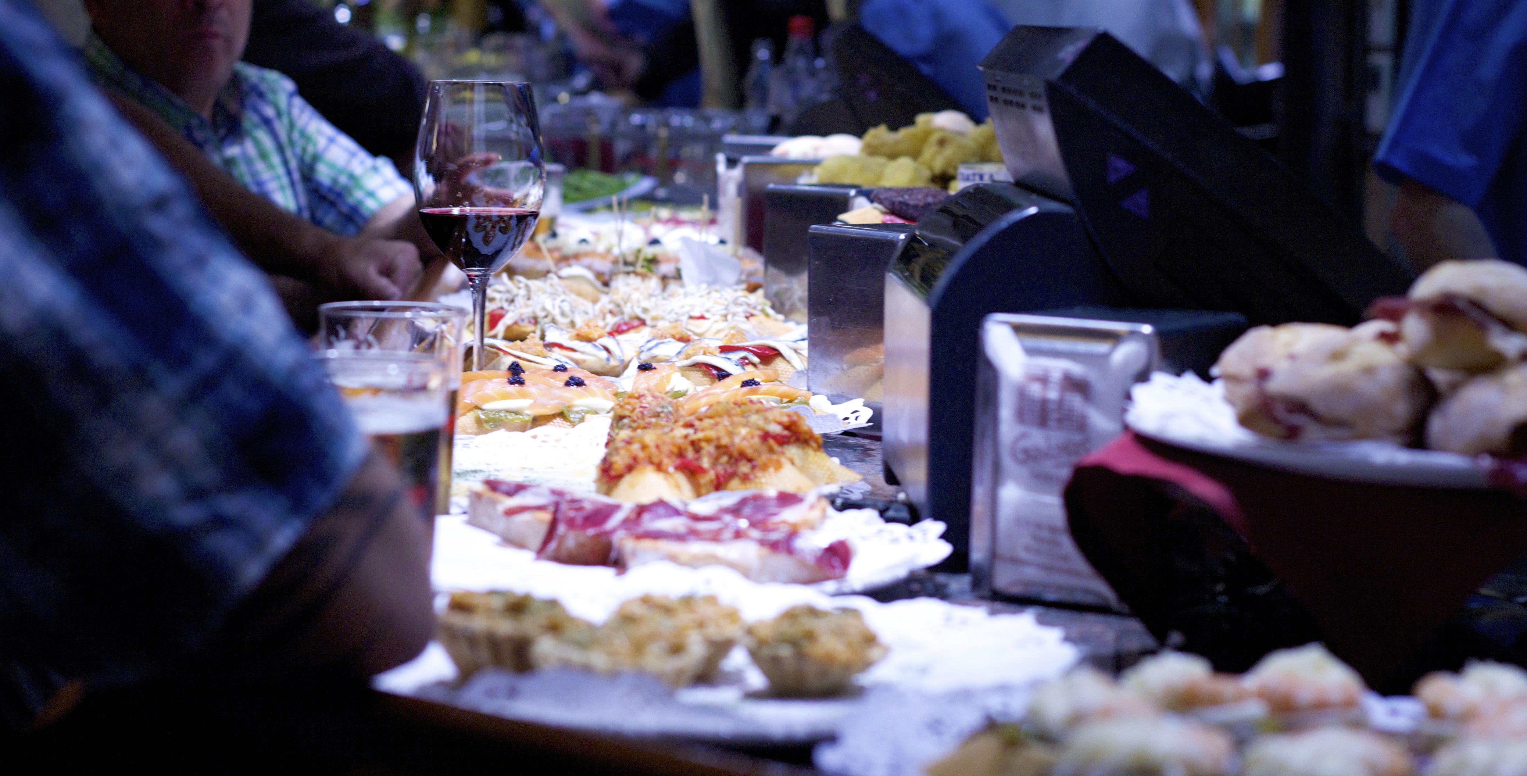 seminaire-saint-sebastien-tapas-pays-basque-le-cercle-piment-espelette