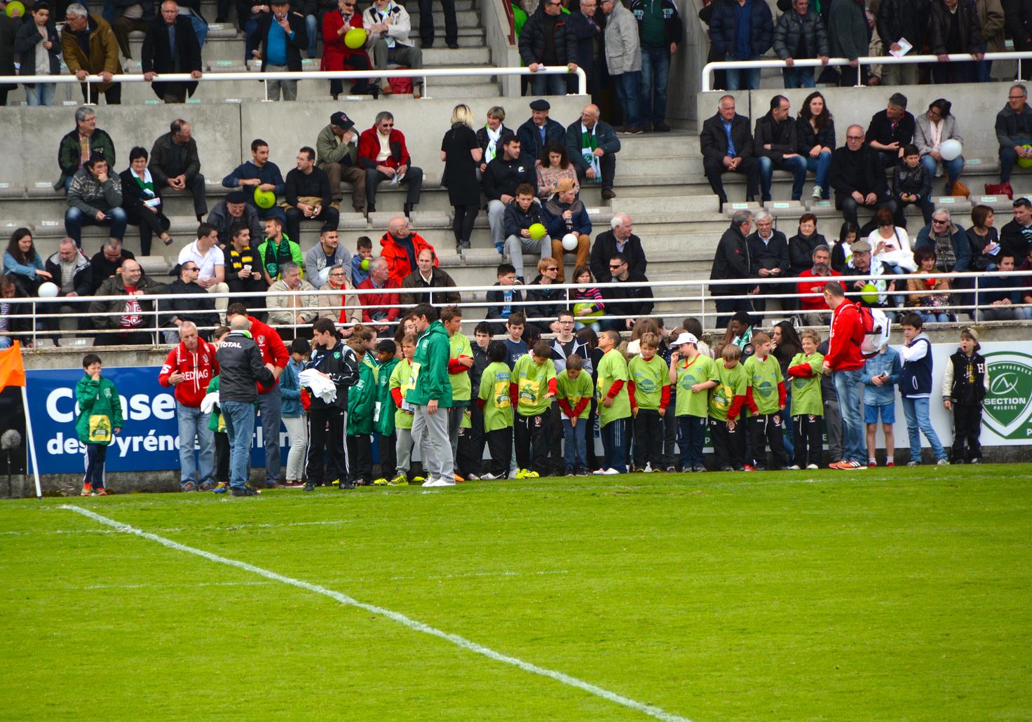 Tiger-Tour-2015-groupe-association-tournoi-rugby-le-cercle-Match-ProD2-agence-evenementielle-pyrenees-34