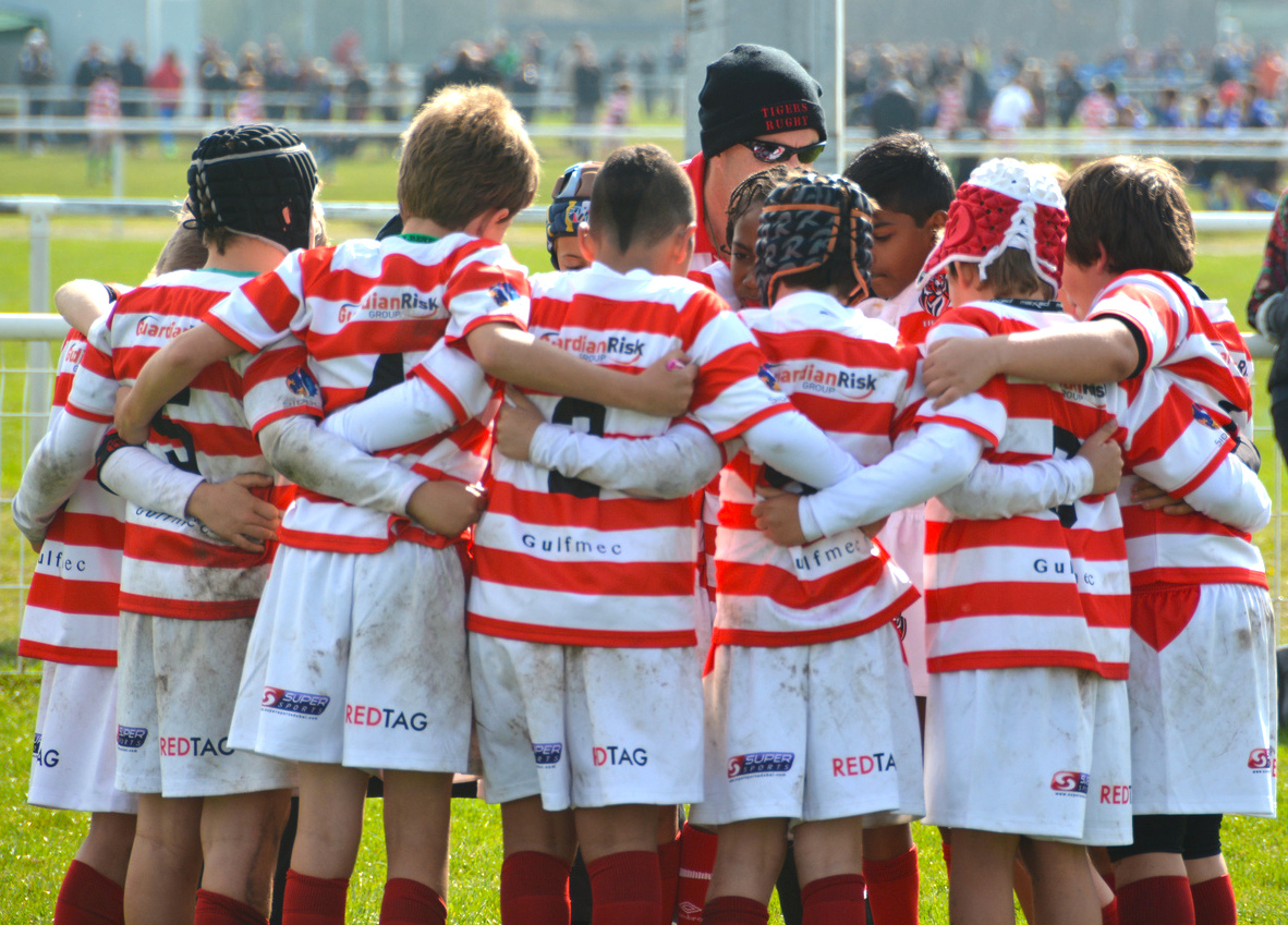 Tiger-Tour-2015-groupe-association-tournoi-rugby-pau-le-cercle-Match-ProD2-agence-evenementielle-pyrenees-51