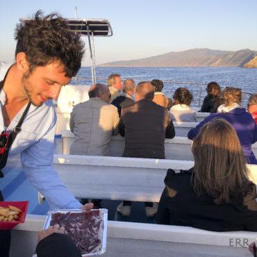 pasajes bateau agence erronda croisiere visite guidée culturelle charcuterie txakolie