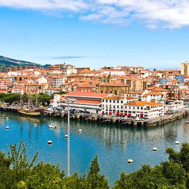 bermeo port cote basque pasajes bateau agence erronda croisiere port maisons