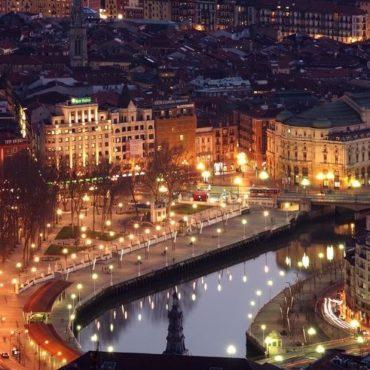 Bilbao crepuscule pays basque