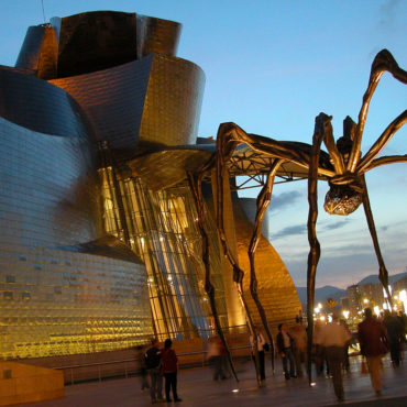 Guggenheim art bilbao pays basque