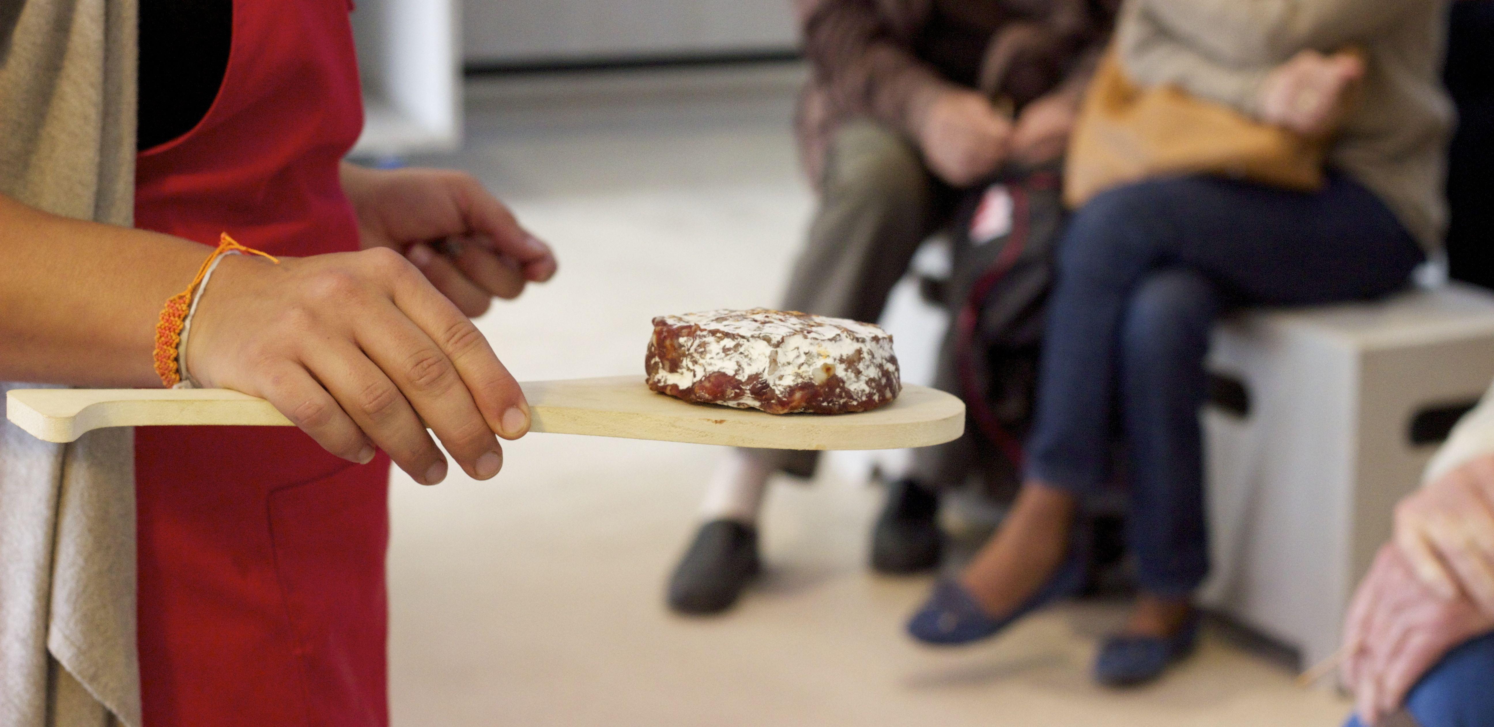 seminaire-pays-basque-le-cercle-saucisson-piment-espelette