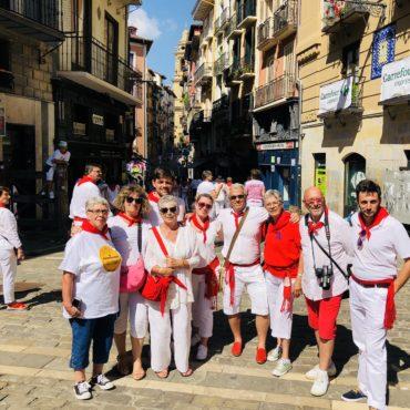 agence voyage pays basque sejour stay trip evasion San Fermin feria Pampelune pamplona coureur encierro visite guidée culturelle
