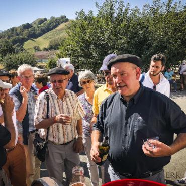 agence de voyage évènementielle pays basque sejour stay trip evasion saint jean de luz ascain ciboure artisans art producteurs pierre oteiza aldudes charcuterie jambon cochon