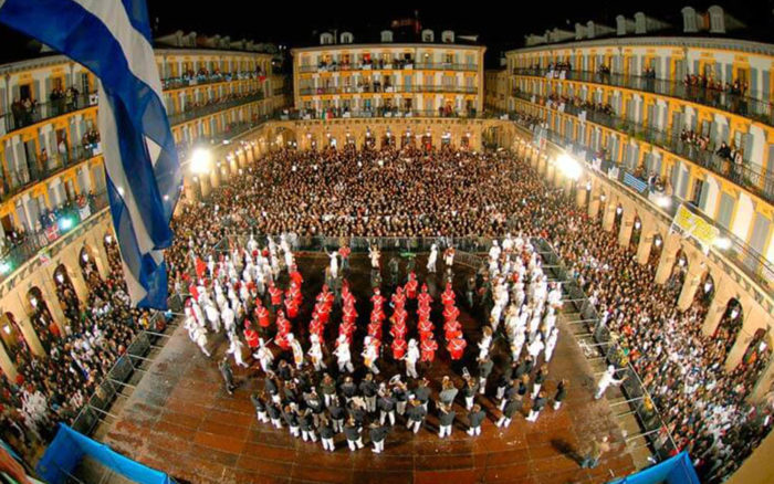 tamborrada sans sebastian agence erronda pays basque voyages