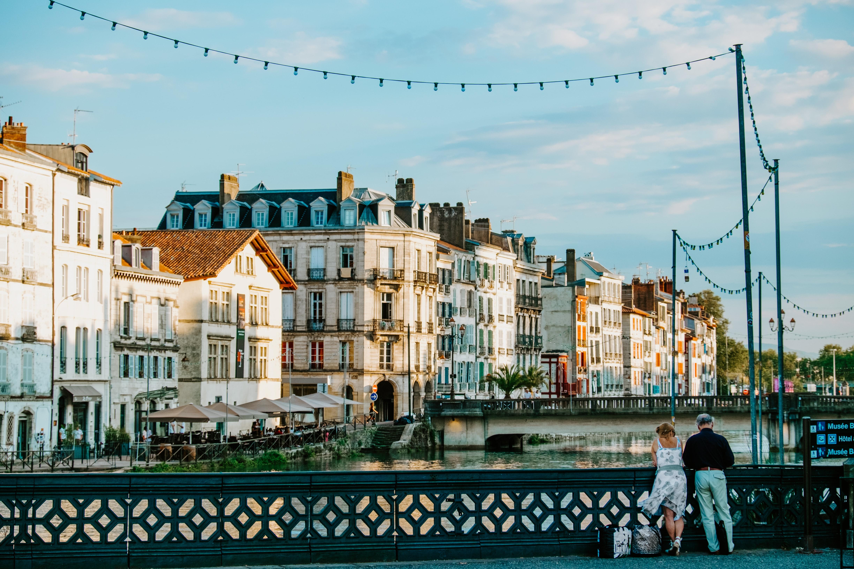 Agence Erronda voyages séjours activités groupes incontournables visite Pays Basque Biarritz saint jean de Luz Rhune grottes sare Bayonne